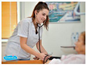 εξέταση από νοσηλευτή